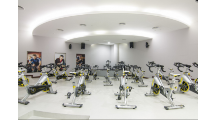 Gold's Gym - Al Wahda Mall (Ladies Only)